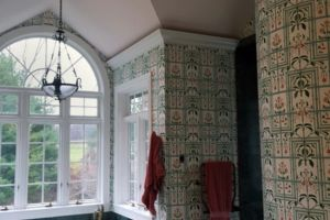 Murry Bath Wallpaper Removal Before2